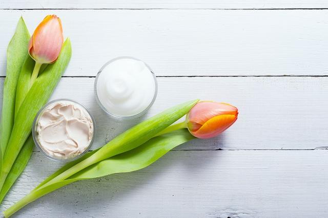 画像: 乳液・クリームのポイント