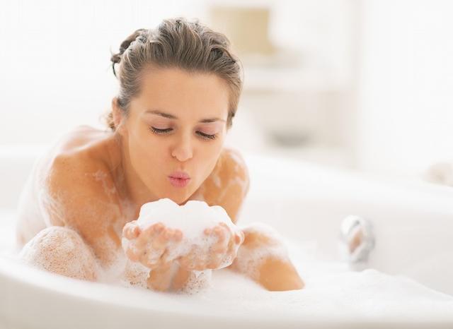 画像: ④ ぬるめのお湯での入浴