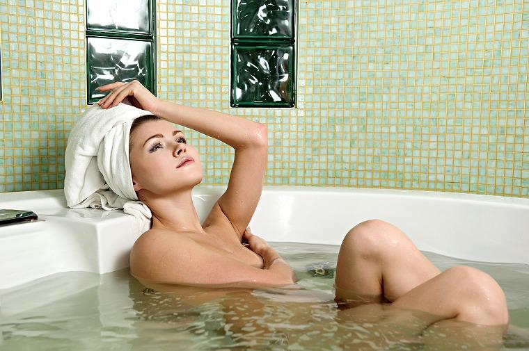 画像: ポイント② 入浴前に体を洗う