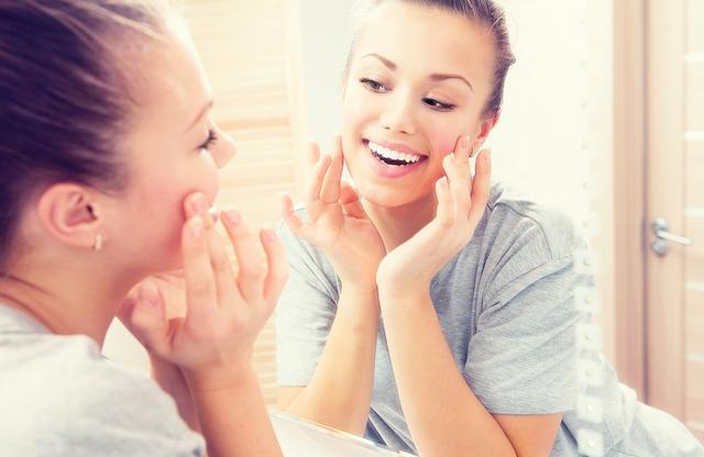 画像: ビタミンEで健康的な肌を実現できる!