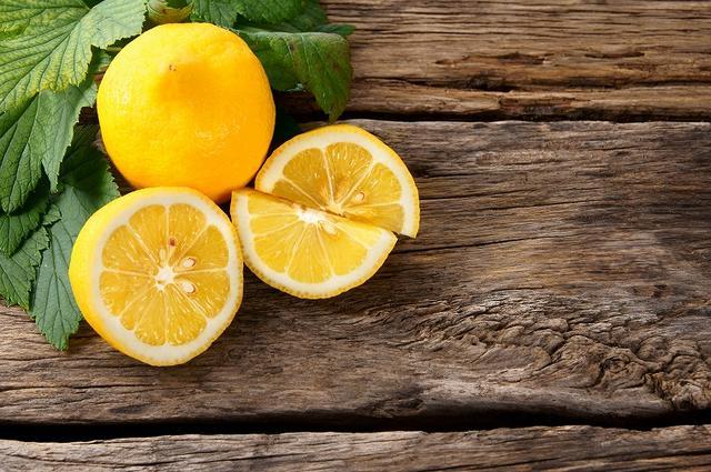 画像: 明日葉には「ビタミン・ミネラル・βカロテン」がバランスよく配合