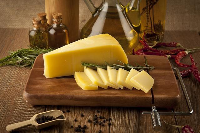画像: チーズはダイエットに効果があるの?