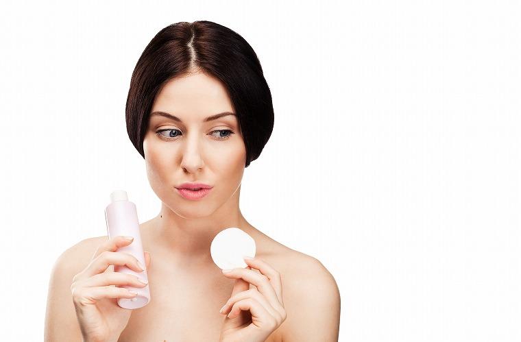 画像: 化粧品をやみくもに選ぶのはやめましょう