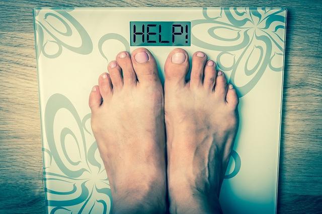 画像: 便秘で太るのは何が原因?食事やツボ押しなど改善策をまとめました - Curebo