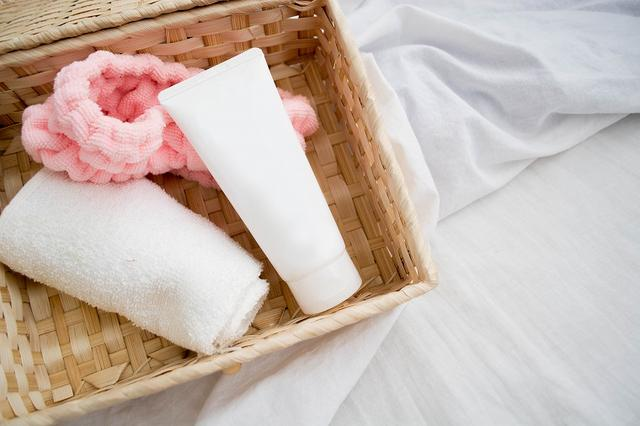画像: あなたを白い肌へと導く洗顔料!ペースト・石鹸・泡・どのタイプ? - Curebo
