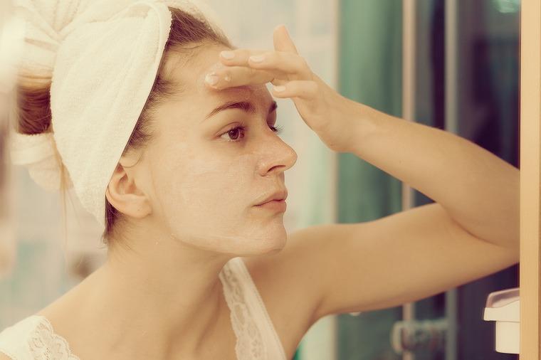 画像: 洗顔はお湯の温度が重要