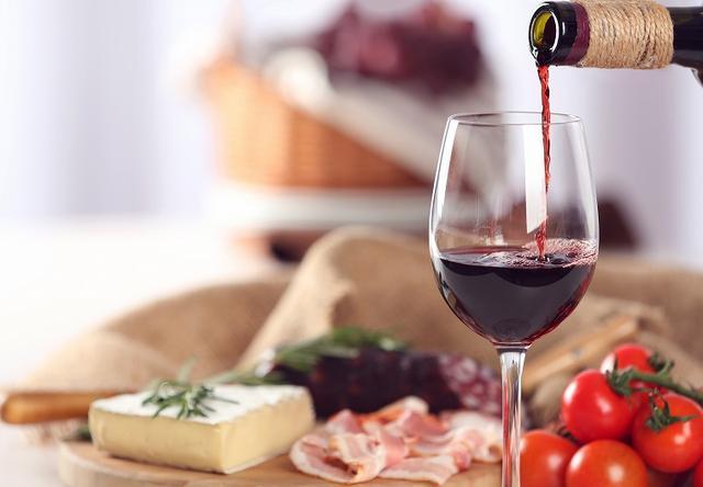 画像: 3.チーズ+赤ワイン