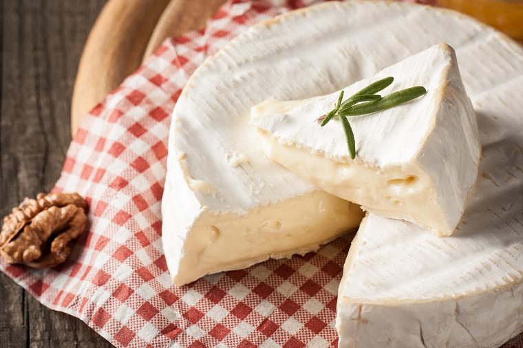 画像: 3.チーズのカロリーはバターの1/2