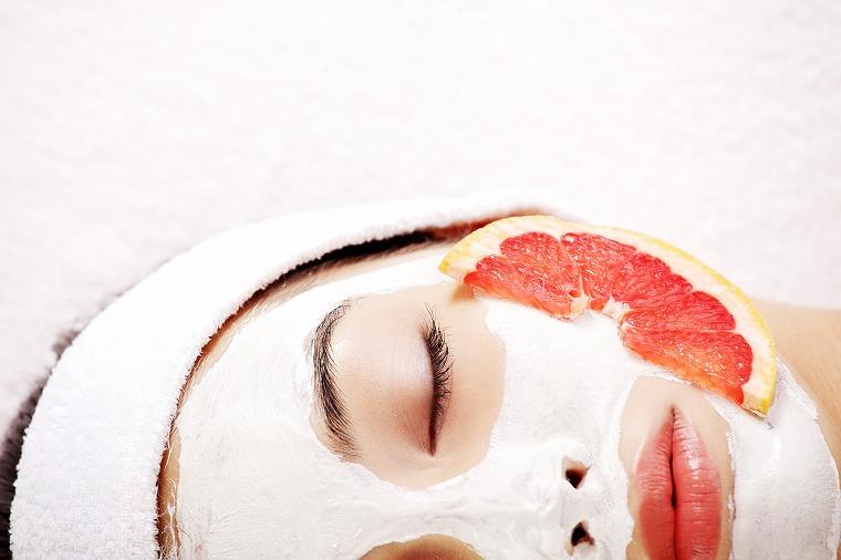 画像: 意外と知らない!お肌にリッチな潤いを与える「シートマスク」の順番 - Curebo