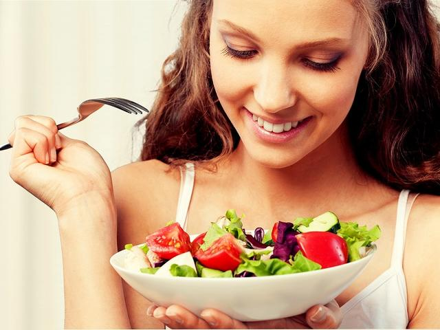 画像: ③ しっかり噛んで消化作用の負担を減らす