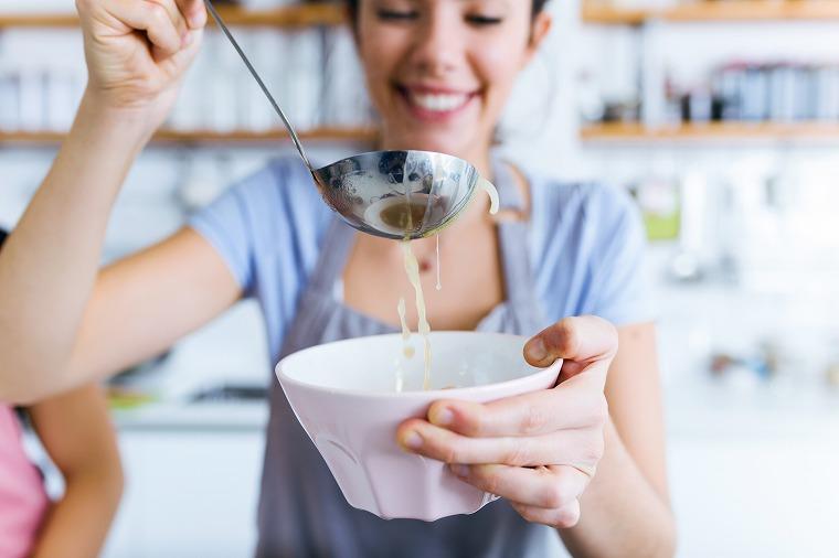 画像: 痩せる鍋の作り方!ダイエット効果を上げる秘訣 - Curebo(キュレボ)|毎日を輝かせたい女性のためのニュースメディア