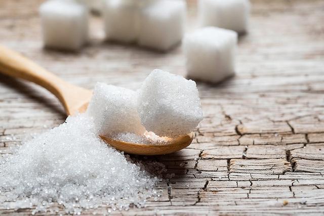 画像: 糖質の慢性的な過剰摂取は危険!
