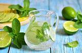 画像: 【便秘を改善する飲み物①】炭酸水の効果 - Curebo(キュレボ)|毎日を輝かせたい女性のためのニュースメディア