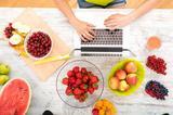 画像: 健康と美容を助ける食材といえば、やっぱり「フルーツ」! - Curebo(キュレボ)|毎日を輝かせたい女性のためのニュースメディア