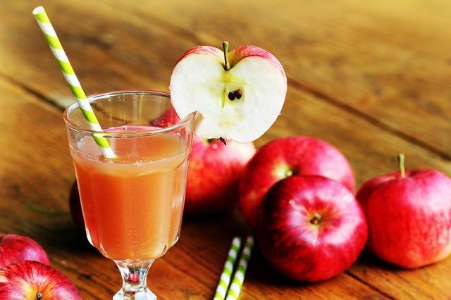 画像: 便秘を改善するりんごジュースの選び方&飲み方