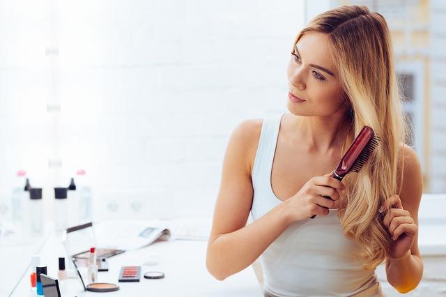 画像: シアバターをヘアケアに使う時のやり方は?