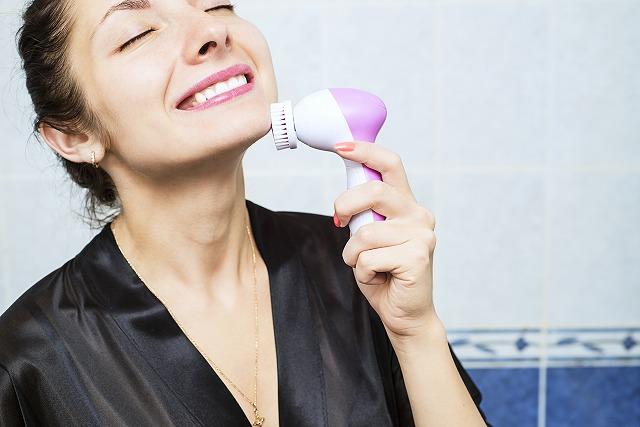 画像: 肌をワントーン明るくしたい人におすすめな美顔器