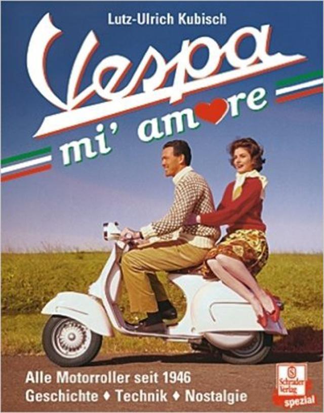 画像: Vespa愛たっぷりの定番資料集 Vespa mi' amore ベスパ、私の恋人 ¥3,720 (税抜) 本書はスクーターの始まりとして70年前に生まれたVespaの魅力を、 詳細な資料化という正攻法でとことん突き詰めて見せる、 情報量随一のVespa資料集。その始まりとコンセプト、 歴代車種の歩みや他スクーターメーカーとの開発競争史から、 世界各地での生産と輸出、Vespa乗りの生態調査など。 類を見ない情報量でVespaの魅力に迫る。 トライアルやサーキットレースの歴史や12か国もの生産事情など興味深い。 その他2000年開館ピアジオミュージアムの詳細と2014年946までの 市販車情報、モデル年式が判るシリアルコード表など。 地中海への思い入れ深いドイツ人著者のセンスも良く、独語書籍ながら、 Vespisti(Vespa乗り)もそうでない人も心動かされる。 Vespaの魅力たっぷりの瀟洒な一冊。