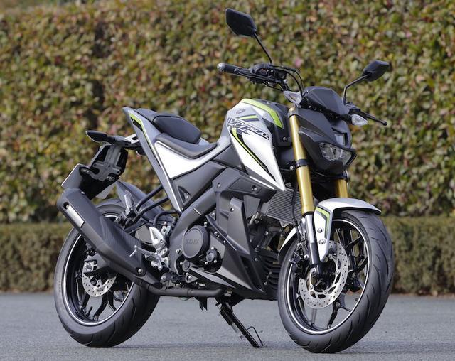 画像: そして、昨年12月からタイで発売が開始された150ccモデルの 「M-SLAZ」も現在展示中!