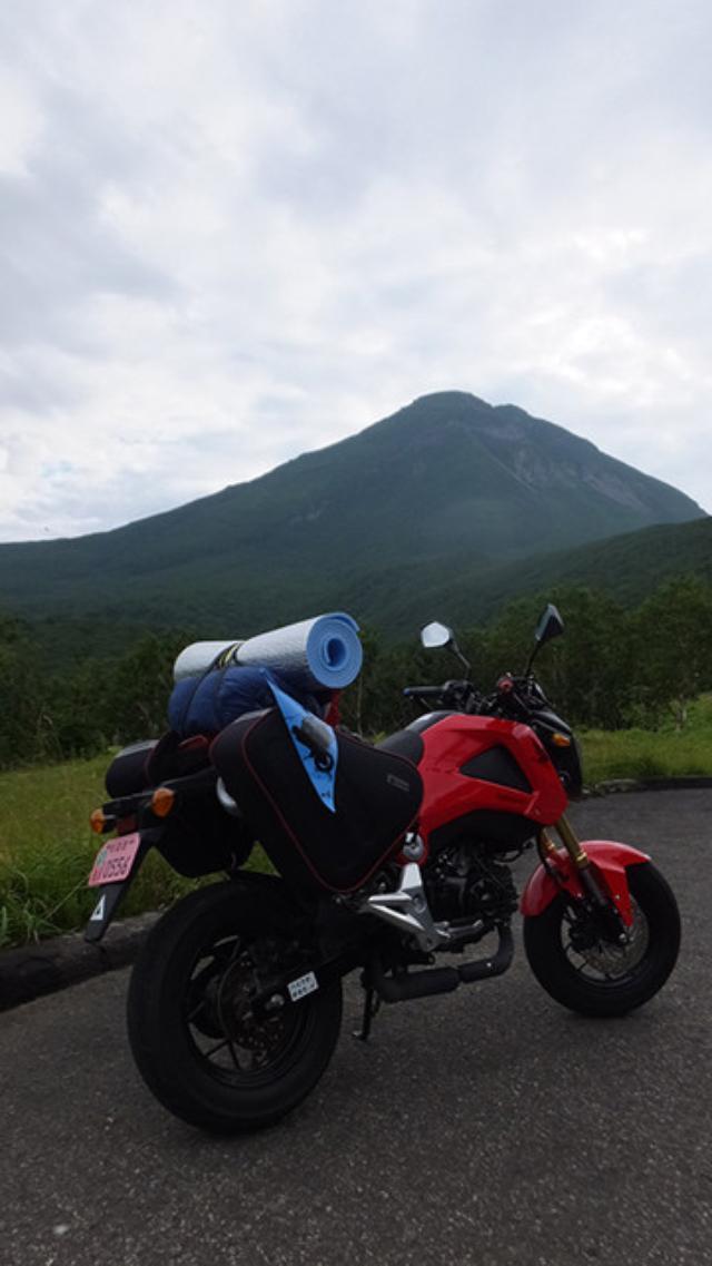 画像: 写真のバックの山は羅臼岳です。