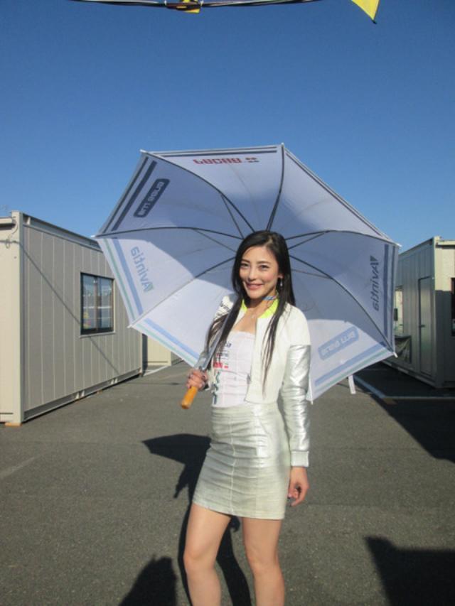 画像1: 今年も日本GPでパッドックガール!(福山理子)