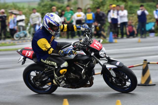 画像7: <ジムカーナ>「雨のち晴れ」が演出した超接近戦 オートバイ杯ジムカーナ第4戦