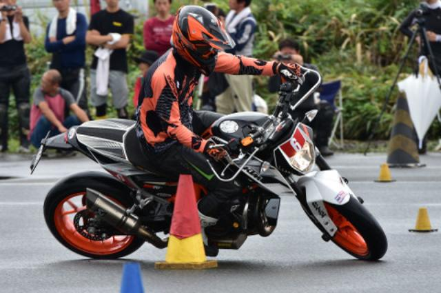 画像5: <ジムカーナ>「雨のち晴れ」が演出した超接近戦 オートバイ杯ジムカーナ第4戦