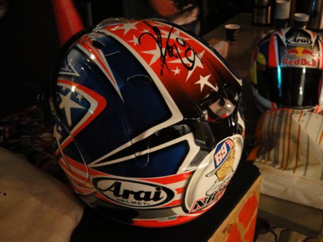 画像2: 【2012日本GP】ニッキー・ヘイデン選手がファン交流イベントに登場!