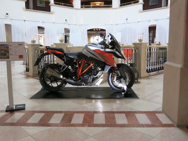 画像1: 「KTM 1290 SUPER DUKE GT」の国際試乗会に参加中!