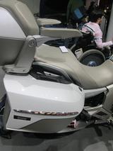 画像3: <理子の東京モーターショー2013見聞録> バイクに革ジャンに女の子 (BMW編)