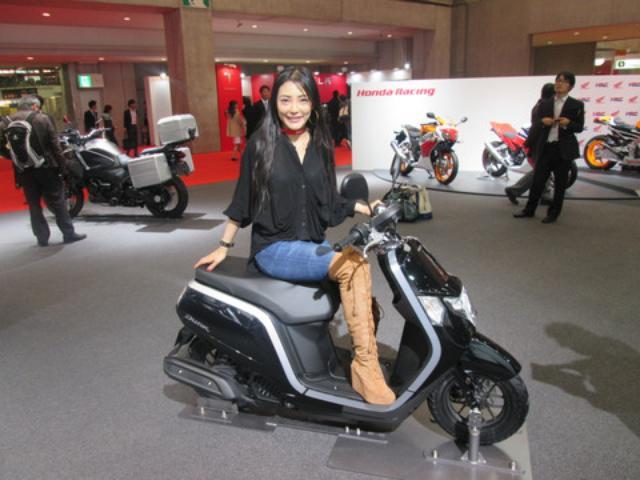 画像6: <理子の東京モーターショー2013見聞録>かわいいお姉さんと、かわいいバイク(ホンダ編 その2)