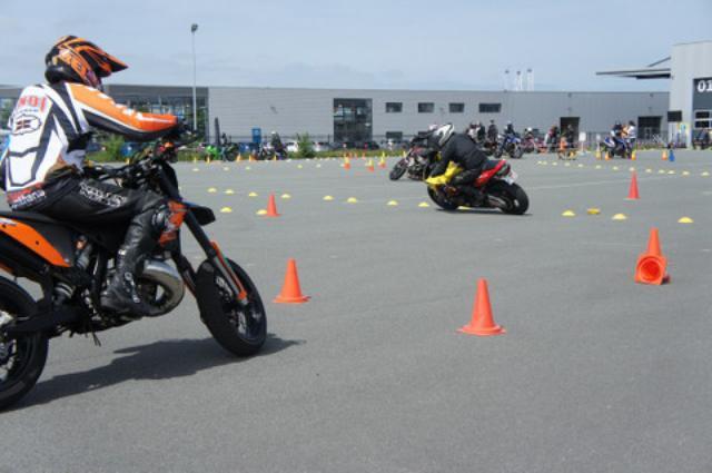 画像: <ジムカーナ>今度はヨーロッパチャンピオン決定戦に参戦!(その2) - オートバイ & RIDE