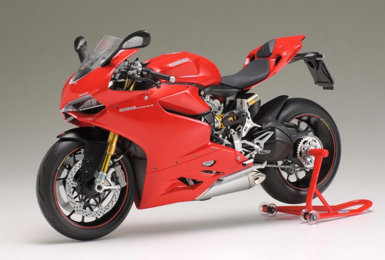 画像: タミヤ 1/12 オートバイシリーズ:ドゥカティ 1199 パニガーレS