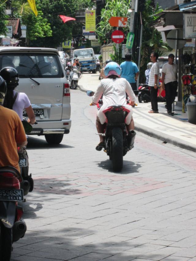 画像10: バリのレンタルバイク事情を、ちょっとだけお届け(福山理子)
