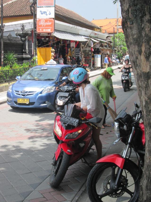画像8: バリのレンタルバイク事情を、ちょっとだけお届け(福山理子)