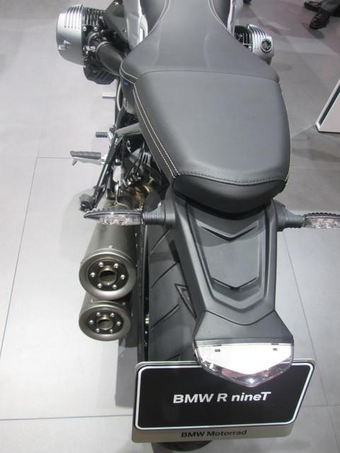 画像8: <理子の東京モーターショー2013見聞録> バイクに革ジャンに女の子 (BMW編)