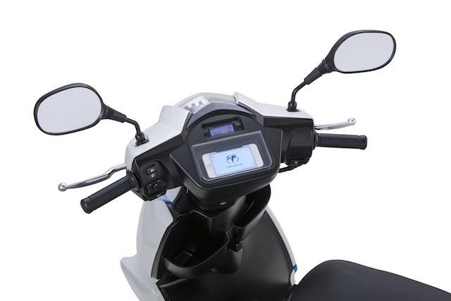 画像3: 世界初! スマートフォン連携機能を備えた電動スクーター「A4000i」をテラモーターズが発表!