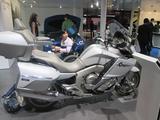 画像2: <理子の東京モーターショー2013見聞録> バイクに革ジャンに女の子 (BMW編)