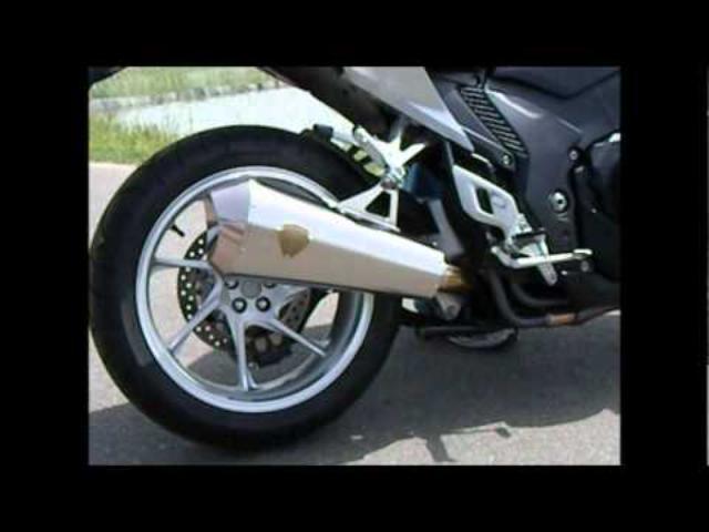 画像: 【オートバイ】ホンダVFR1200F用マフラー<アールズギア> youtu.be