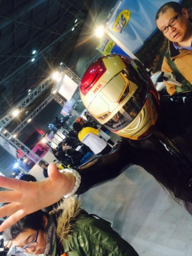 """画像6: 福山理子の""""いまさらモーターサイクルショー2014"""" (その12ヘルメット)"""