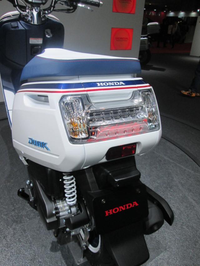 画像3: <理子の東京モーターショー2013見聞録>かわいいお姉さんと、かわいいバイク(ホンダ編 その2)