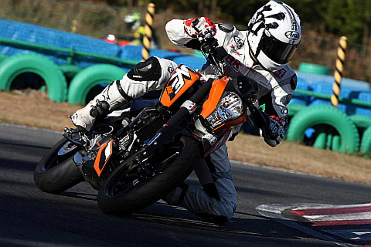 画像: here is the enjoyment in being able to pursue 'relatively fast speeds' also on the circuit!