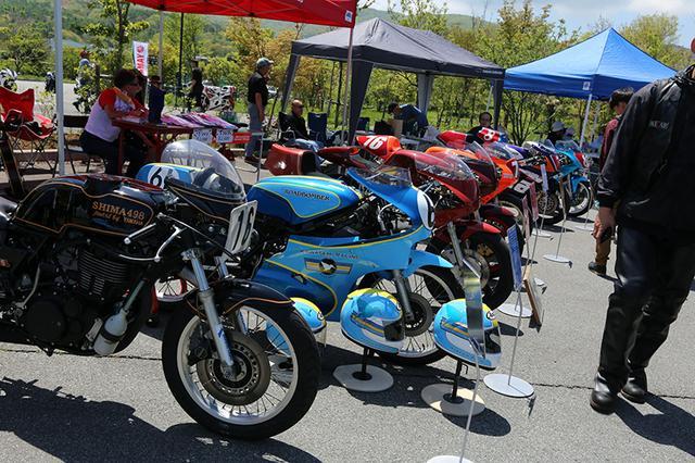 画像: シングルレーサーが並んだコーナーもあり、 ロードボンバー(SHIMA498)も展示されてます。