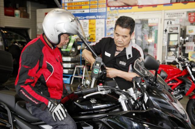 画像: 1400km以上走って平均燃費は18.05km/L。高速クルージングが多かったとはいえ、かなりの好燃費。