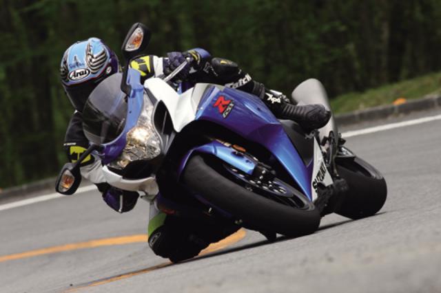 画像: <試乗ダイジェスト>SUZUKI GSX-R1000(2009年モデル)