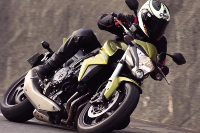 画像: <試乗ダイジェスト>HONDA CB1000R (2009年モデル)