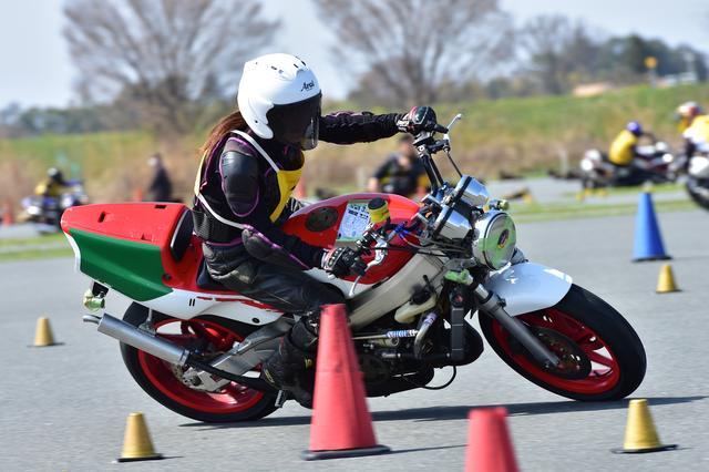 画像12: 注目のダンロップタイヤワンメイク化初戦、最高峰・A級は大接戦に! オートバイ杯ジムカーナ第1戦