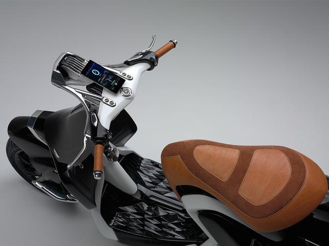 画像2: 羽根つきスクーター? ヤマハが「04GEN」を発表!