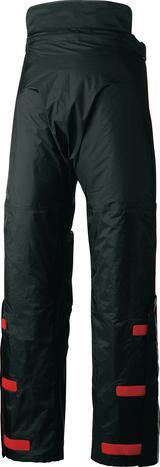 画像: 上着のカラーに関わらず、パンツはすべてブラックとなっている。パンツ後部からの浸水を防ぐ、バックガード付き。