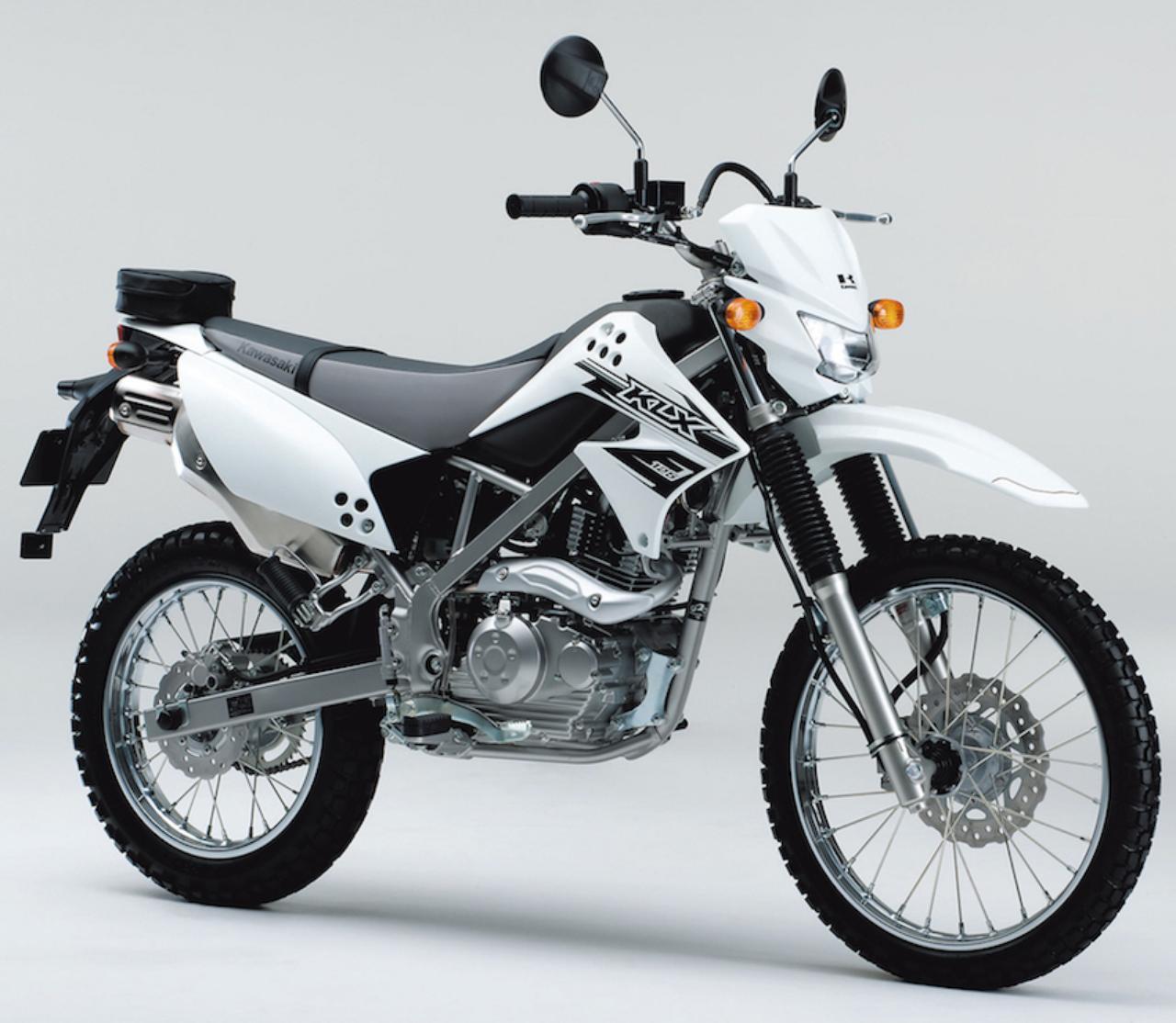 画像: K028 KAWASAKI KLX125 ■価格:34万8840円 現在国内向けモデルとしては唯一の125ccオフロードモデル。軽量な車体と124cc空冷単気筒エンジンとの組み合わせによって、気軽にオフロード走行を楽しめる。